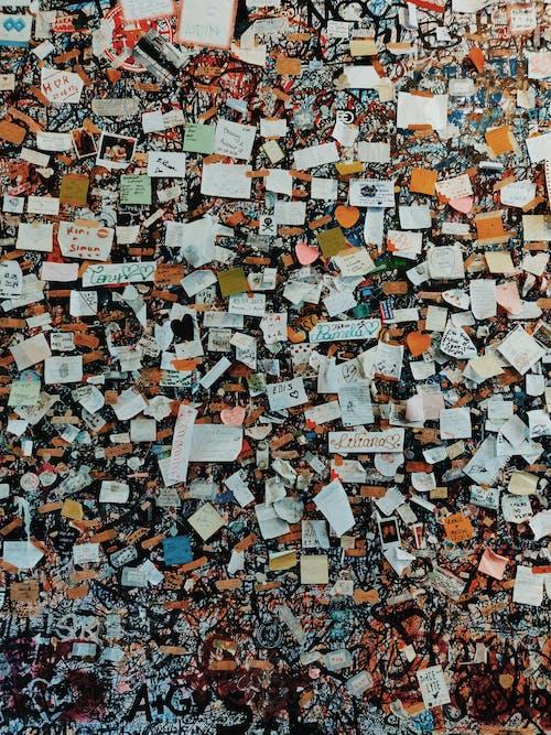 什錦的, 掛, 混亂的, 牆壁 的 免费素材照片
