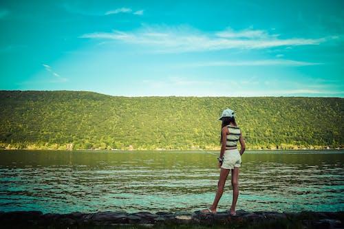 丘陵, 在湖上釣魚, 女孩, 湖 的 免費圖庫相片