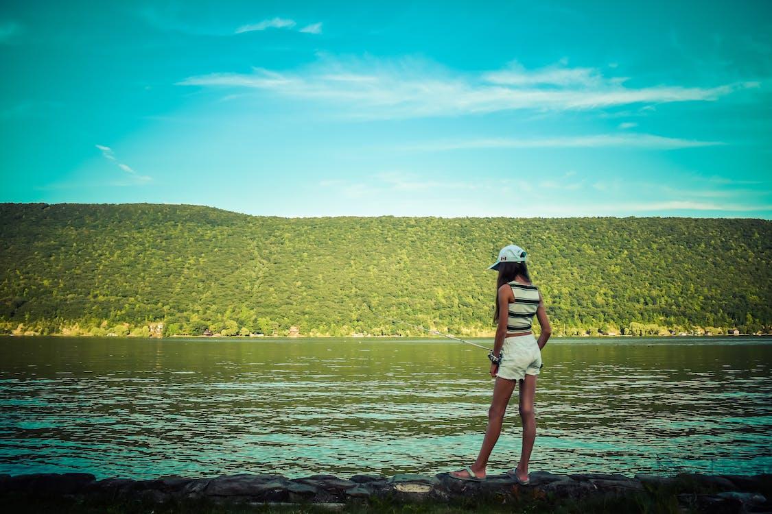 Immagine gratuita di canna da pesca, colline, lago