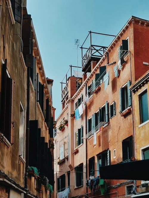 Immagine gratuita di appartamenti, architettura, case, cittadina
