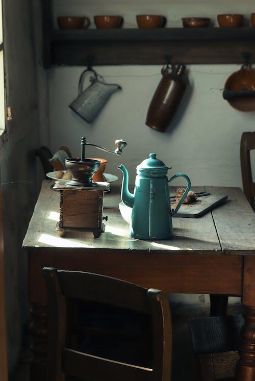 Ingyenes stockfotó asztal, belső, belsőépítészet, beltéri témában