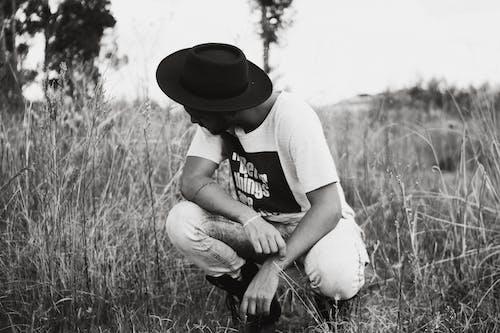 남자, 농경지, 레저, 레크리에이션의 무료 스톡 사진