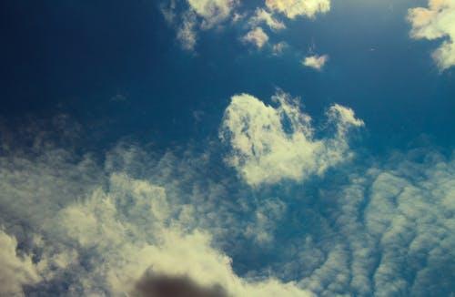 Fotobanka sbezplatnými fotkami na tému krásny, malebný, modrá obloha, mraky
