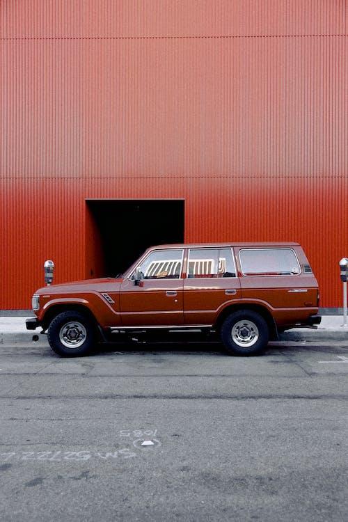 Foto profissional grátis de ágil, ao ar livre, asfalto, automobilístico