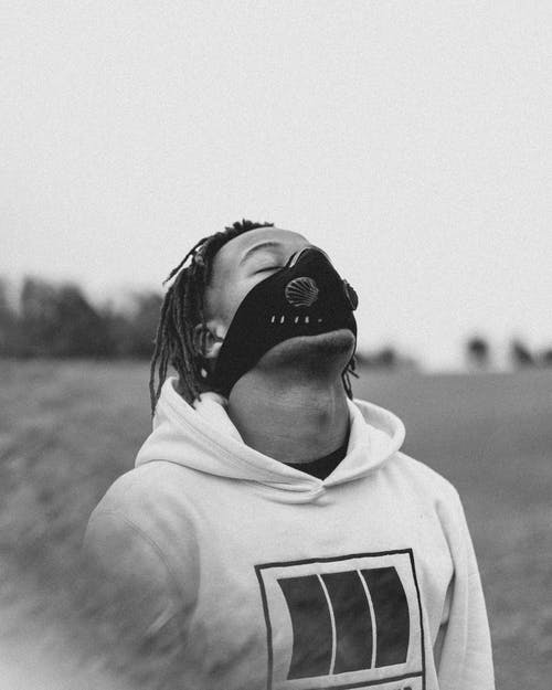 フェイスマスクの無料の写真素材