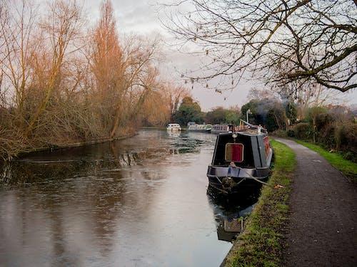 Immagine gratuita di alzaia, barca stretta, barche sul canale, canale