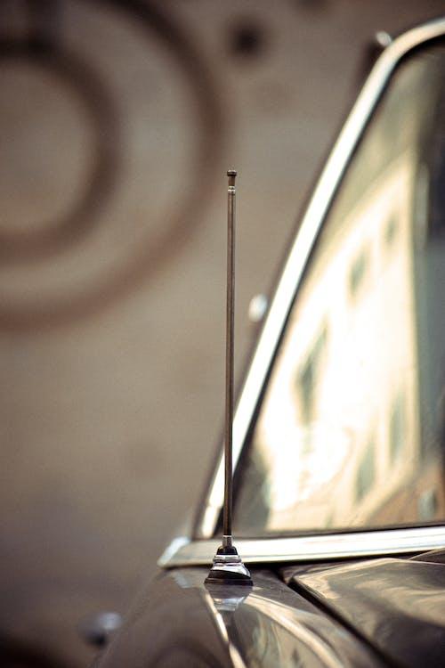 안테나, 차, 창문의 무료 스톡 사진