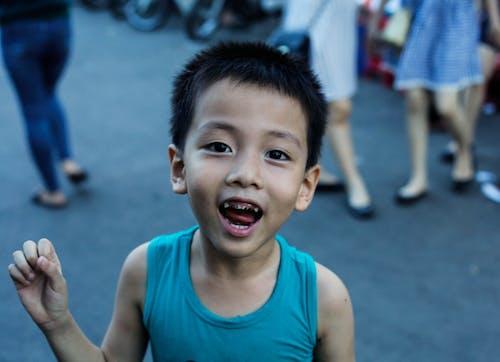 Darmowe zdjęcie z galerii z dziecko, uśmiech, zęby, życie