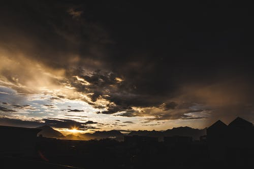 Foto profissional grátis de nuvem, pôr do sol, tempestade, temporal