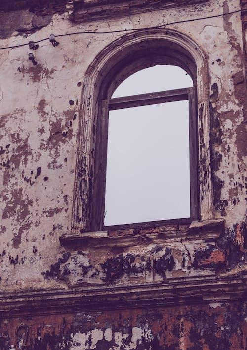 Gratis stockfoto met achtergelaten, architectuur, bederf, gebouw