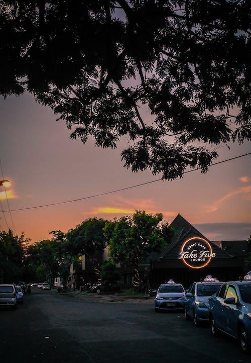 Ilmainen kuvapankkikuva tunnisteilla aamu, auringonlasku, auringonnousu, autot