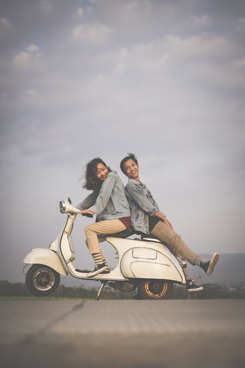 Free stock photo of #couple #silhouettes #shadow #prewedding #vespa