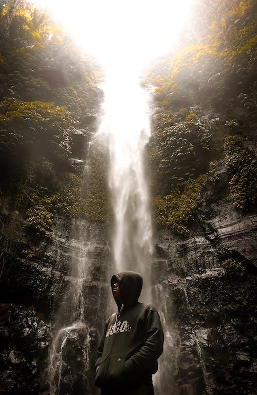 คลังภาพถ่ายฟรี ของ กลางแจ้ง, คน, ธรรมชาติ, น้ำตก