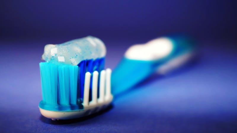 如何清潔口腔遠離牙周病?本篇幫你畫重點!