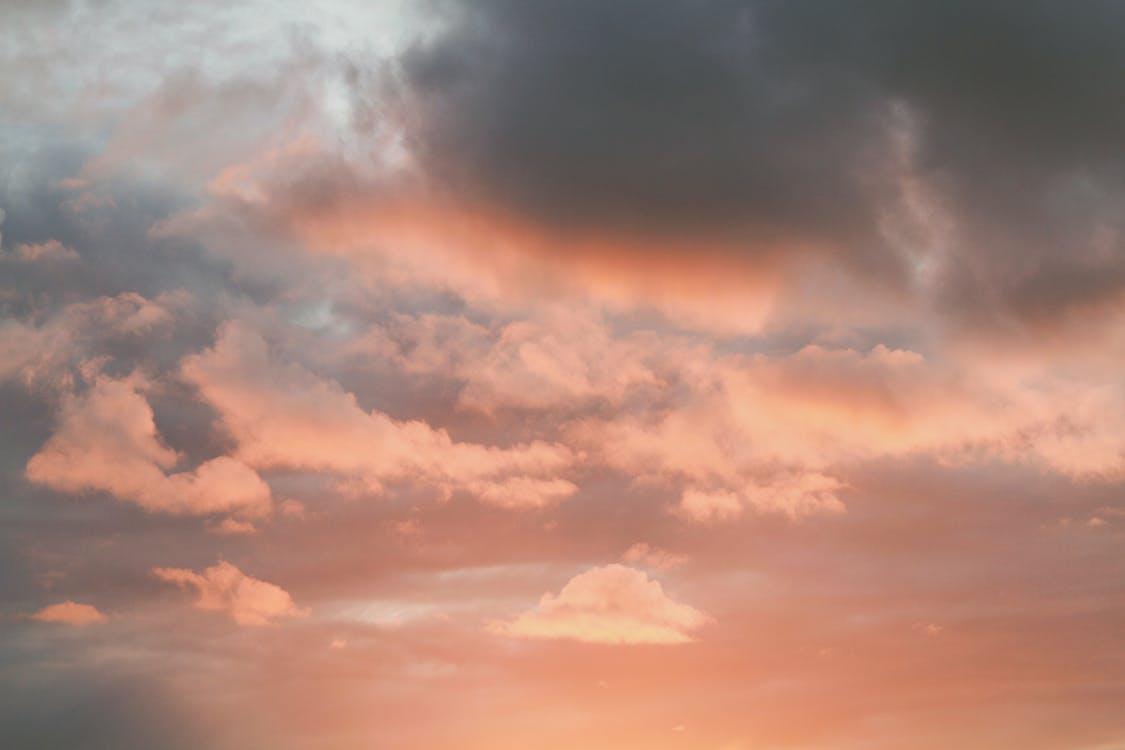 경치가 좋은, 고요한, 구름