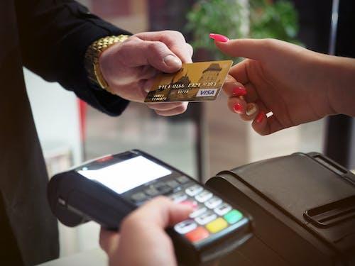 Kostnadsfri bild av besparingar, betala, betalning, debitera