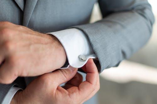 人, 穿著, 袖扣 的 免费素材照片