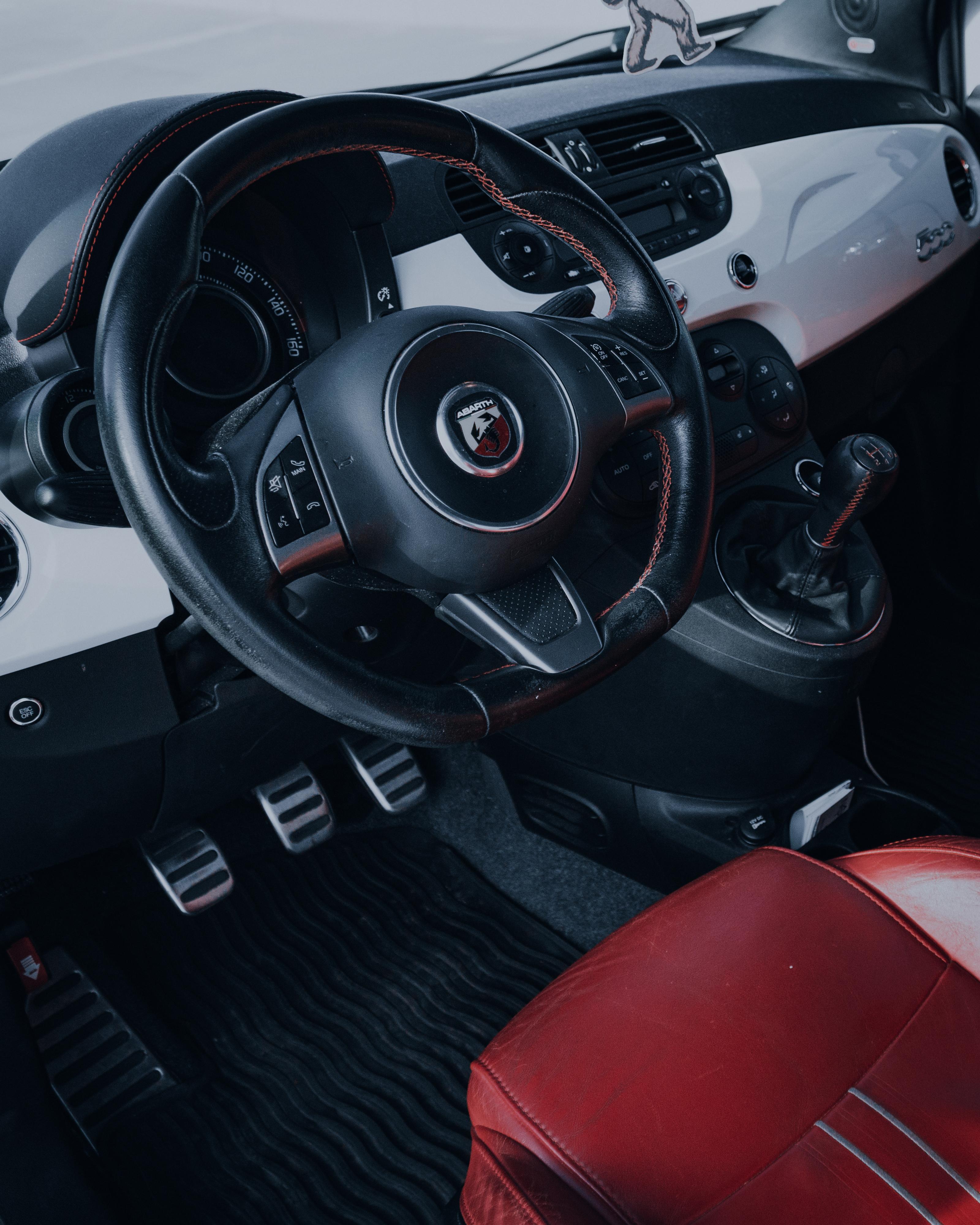 Close-up Photo Fiat 500 Abarth Interior