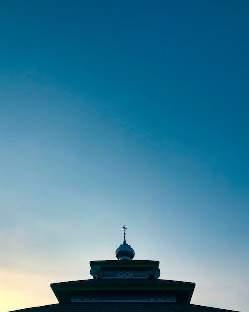 Fotobanka sbezplatnými fotkami na tému dramatická obloha, mešita, minimalistický, minimalizmus