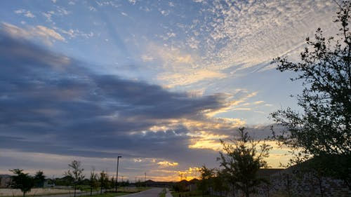 Foto d'estoc gratuïta de alba, cel, natura, núvols