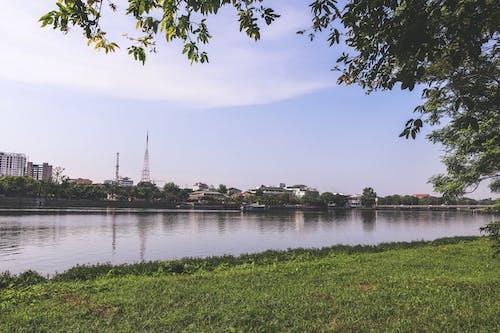 Ilmainen kuvapankkikuva tunnisteilla Aasia, joki, kaupunki, luonto