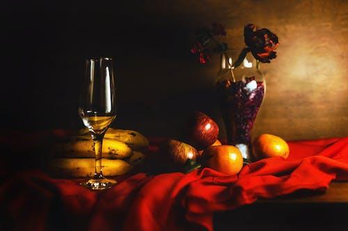 Gratis arkivbilde med bananer, drikke, epler, frukt