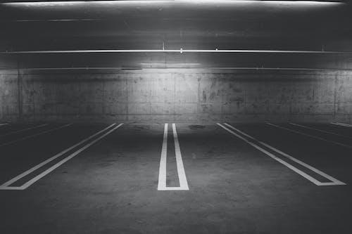 Základová fotografie zdarma na téma parkování, parkoviště, podzemní garáž