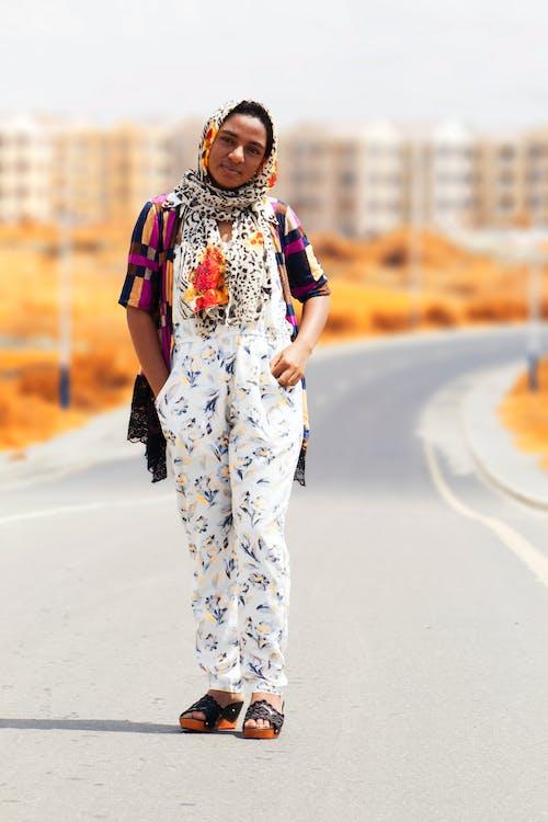 Fotobanka sbezplatnými fotkami na tému cesta, človek, móda, nosiť