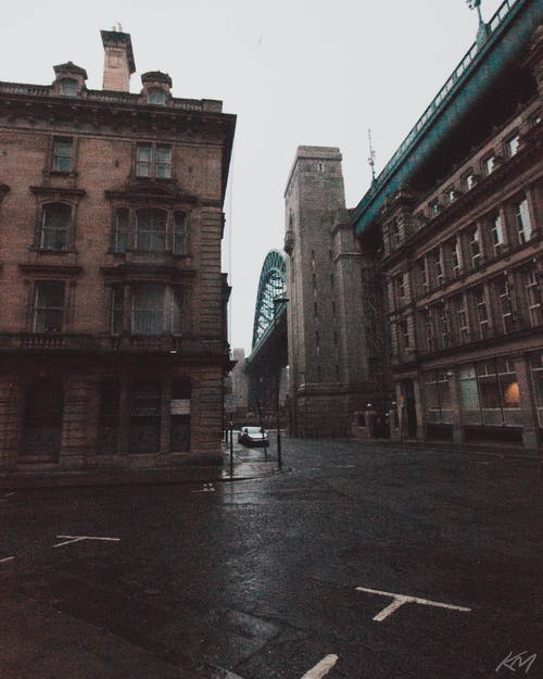 Gratis lagerfoto af bro, by, byfotografering, byliv