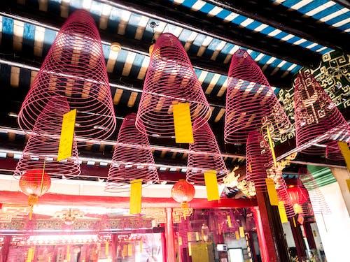 Fotos de stock gratuitas de amarillo, círculo, incienso, pagoda