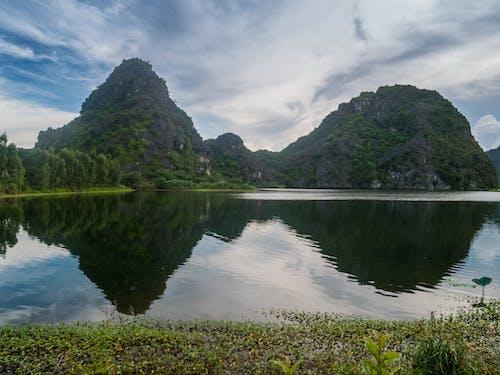 Fotos de stock gratuitas de agua, efectos solares, montaña