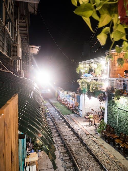 Fotos de stock gratuitas de bar, entrenar, ferrocarriles, noche
