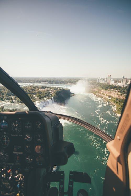 Безкоштовне стокове фото на тему «Авіація, аерознімок, Аерофотозйомка, високий»