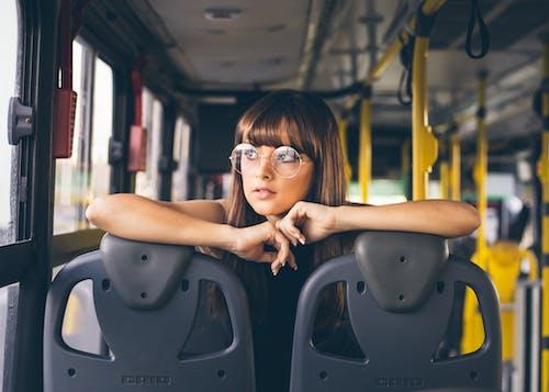 Foto d'estoc gratuïta de assegut, autobús, bonic, desgast