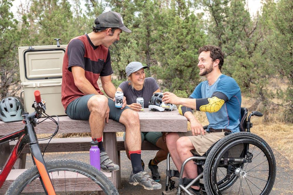 Men having fun together. | Photo: Pexels