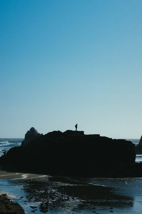 Foto d'estoc gratuïta de acomiadar-se, adult, cel, costa oceànica