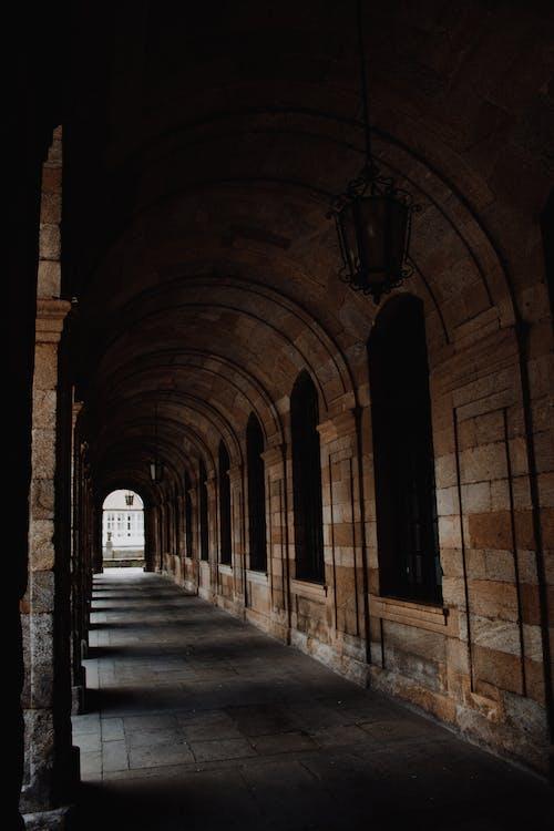 Foto profissional grátis de abadia, ancião, arcada, arquitetura