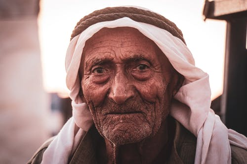 Gratis lagerfoto af ældre, agal, ansigt, keffiyeh