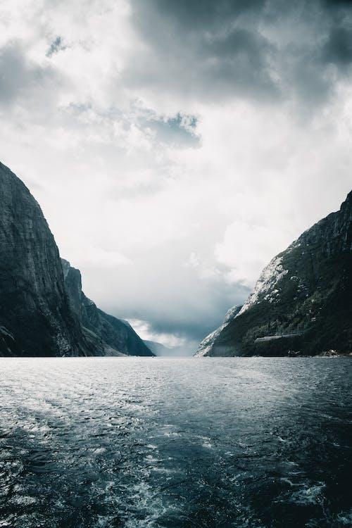 Gratis stockfoto met berg, landschap, lysefjord