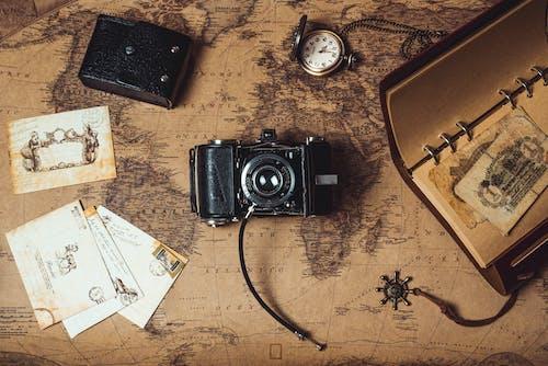Foto profissional grátis de Antiguidade, arte, bússola, caixa