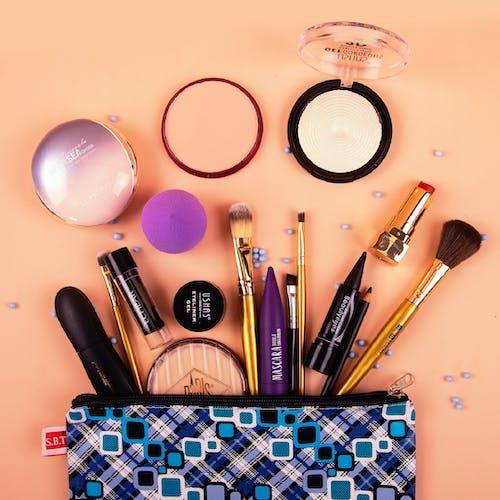 Gratis stockfoto met buidel, cosmetica, cosmetics, lippenstift