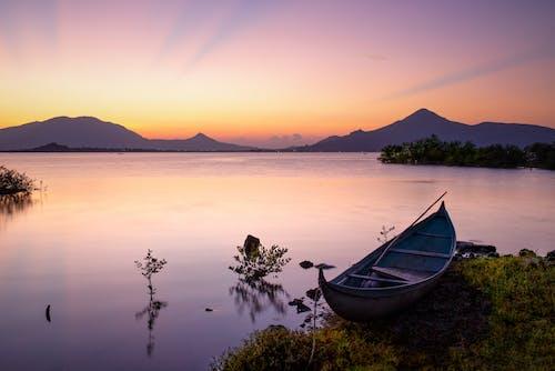 Photo Of Lake During Dawn