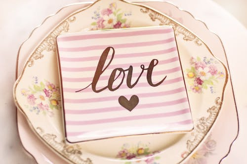 Square White and Pink Love-printed Striped Plate