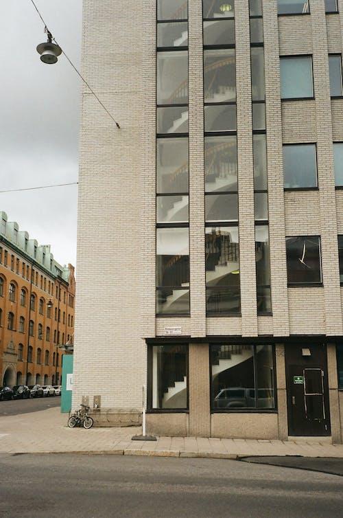 Ilmainen kuvapankkikuva tunnisteilla arkkitehdin suunnitelma, arkkitehtoninen, arkkitehtuuri, ikkunat