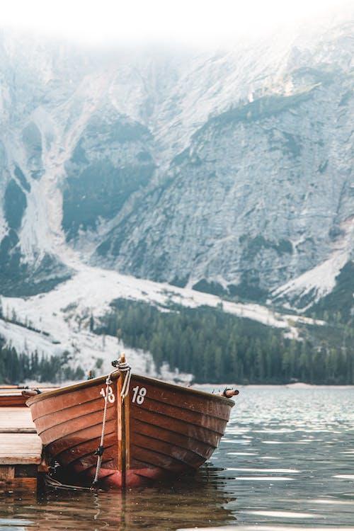 4k duvar kağıdı, açık hava, ahşap rıhtım, Alpler içeren Ücretsiz stok fotoğraf