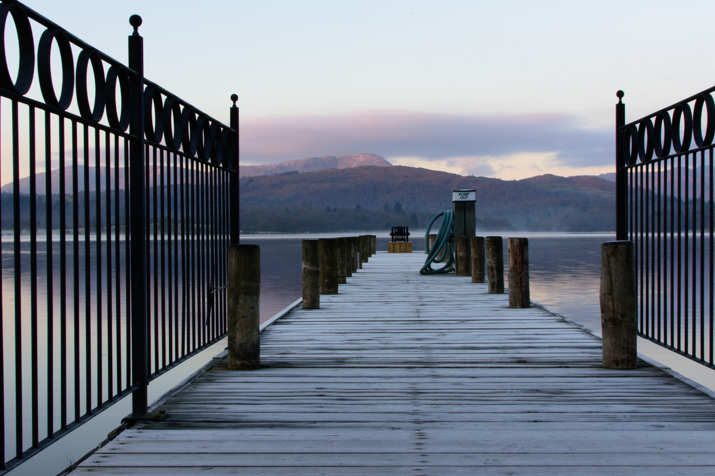 Δωρεάν στοκ φωτογραφιών με ακτή, αντανάκλαση, αποβάθρα, αυγή