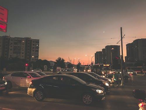 Fotobanka sbezplatnými fotkami na tému doprava, izmir, mesto, večerná obloha