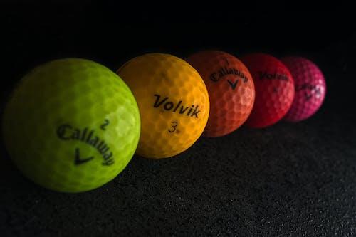 Бесплатное стоковое фото с красочный, мячи для гольфа