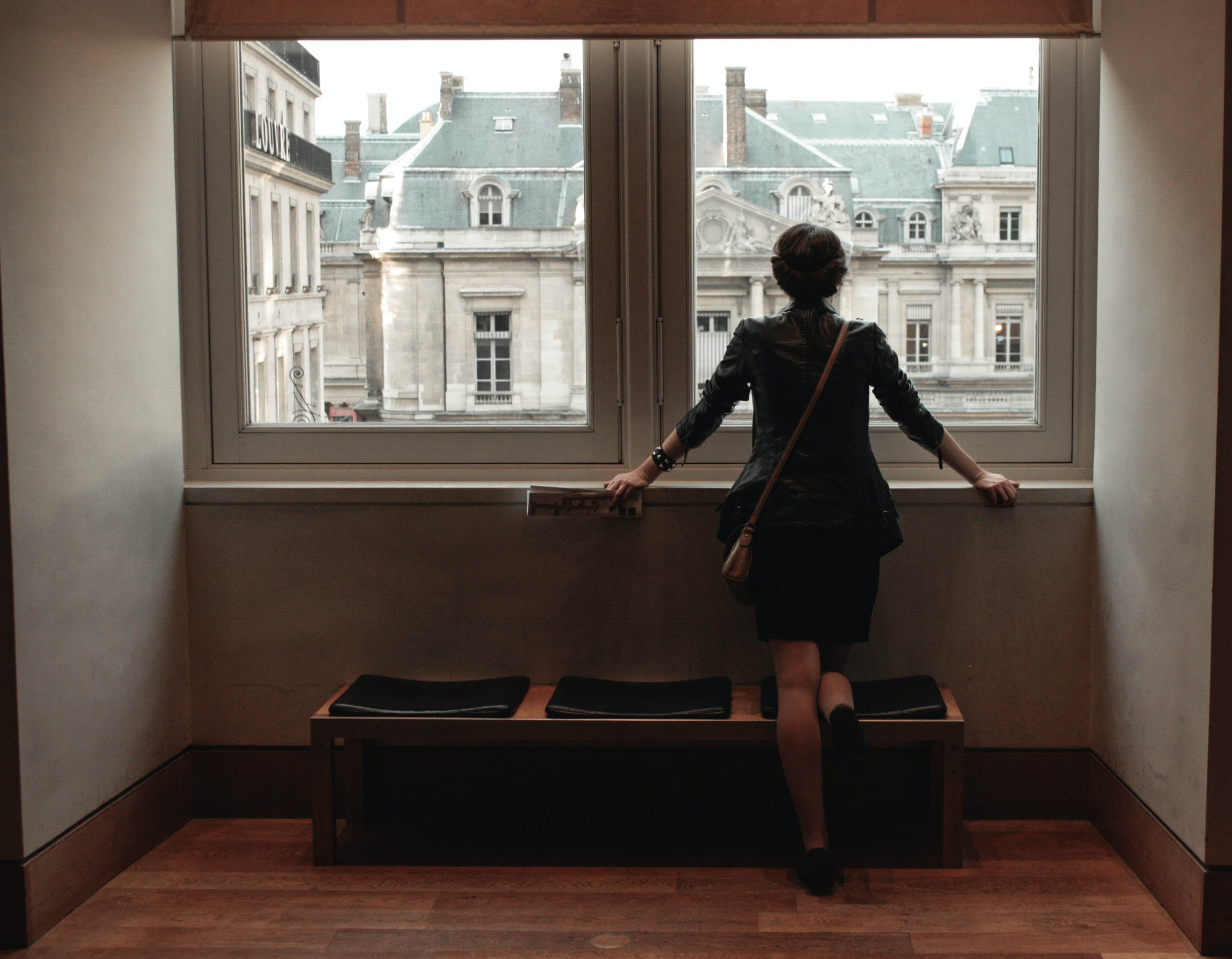 Free stock photo of dream, girl, louvre, museum