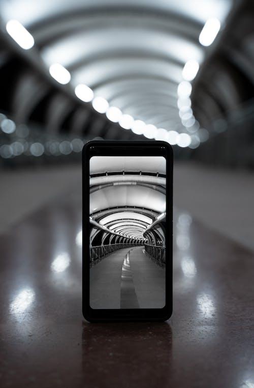 Základová fotografie zdarma na téma architektura, bokeh, bunkr, černobílý